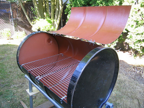 bbq grill and lid