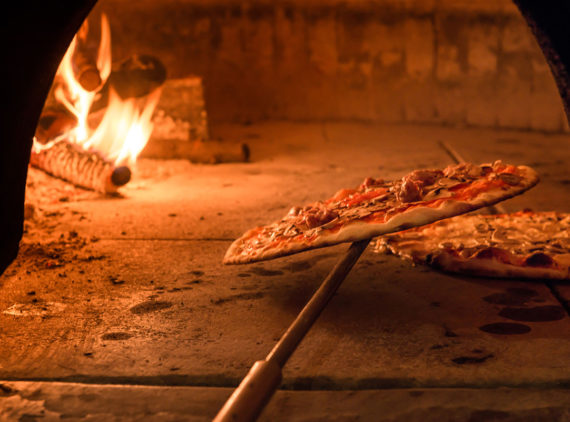 how to make your very own wood fired pizza oven