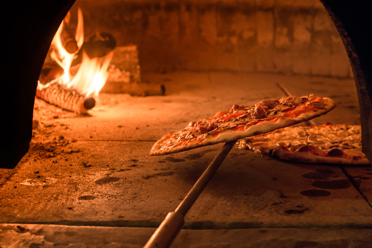 How To Make A Wood Fired Pizza Oven Toolmates Hire