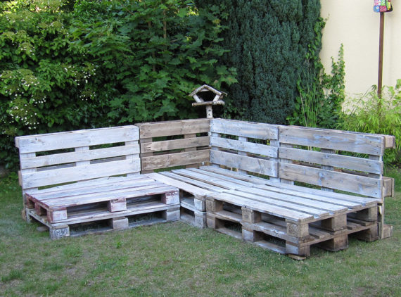 put all your pallet together and decorate pallet outdoor lounge