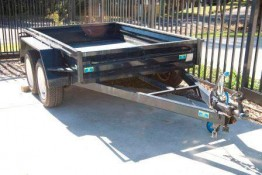 Trailer- 8 x 5 tandem for hire Valley Heights