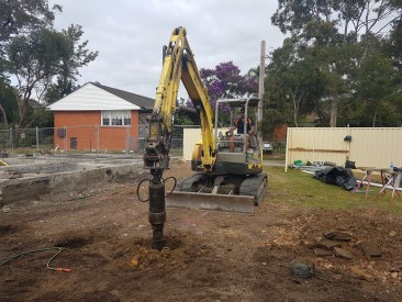 5.5 TONNE YANMAR EXCAVATOR FOR WET HIRE