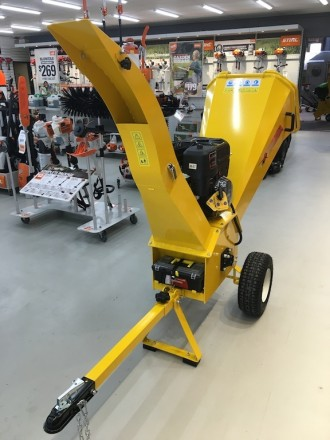 Greatbull 13.5hp Chipper Shredder For Hire