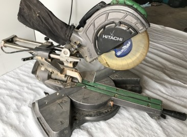 HITACHI DROP SAW